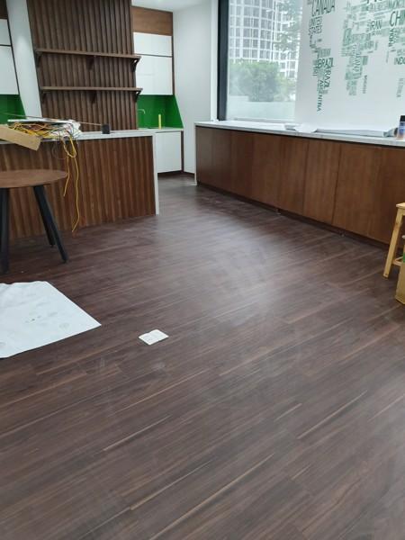 mua sàn nhựa giả gỗ ở bắc giang