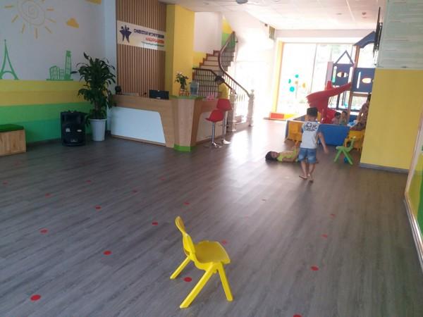 mua sàn nhựa giả gỗ tại Phú Thọ 3