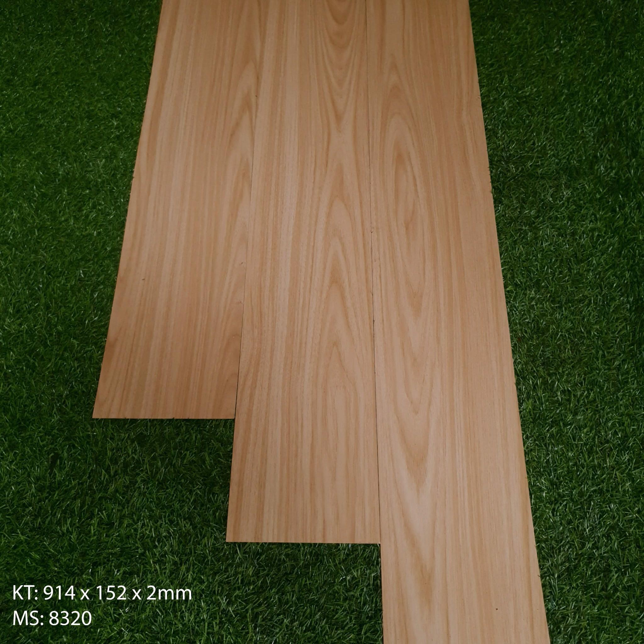 Sàn nhựa dán keo CLC-8320