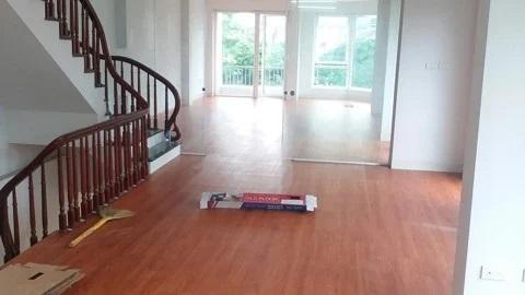 Tư vấn sàn gỗ hay sàn nhựa giả gỗ chuẩn nhất